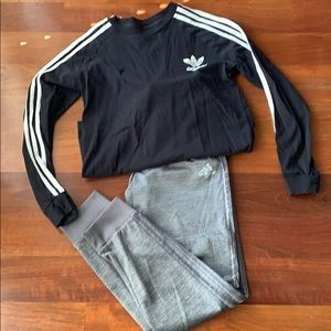 Adidas track suit Large boys worn once